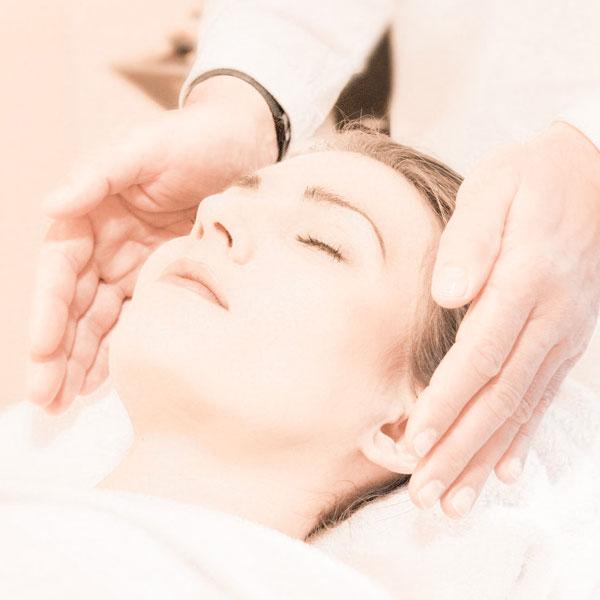 Healing Touch (HT) - Vitapraxis Patrizia Schüss - Heilpraktikerin und Kinesiologin