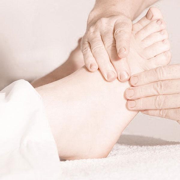 Fußreflexzonen-Therapie - Vitapraxis Patrizia Schüss - Heilpraktikerin und Kinesiologin