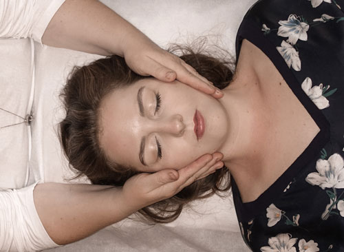 Craniosacrale Therapie - Vitapraxis Patrizia Schüss - Heilpraktikerin und Kinesiologin